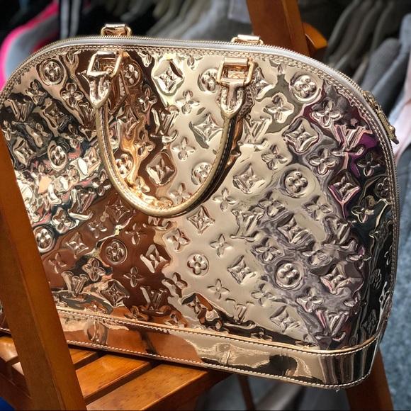 1d6b6d4e89f Louis Vuitton Handbags - Louis Vuitton Limited Edition Miroir Alma